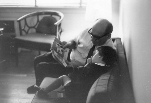 grandpop-and-mim-reading