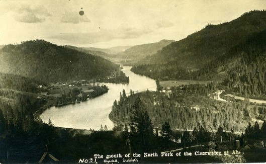 [IDAHO-B-0003] Clearwater River - Ahsahka, photographer unknown